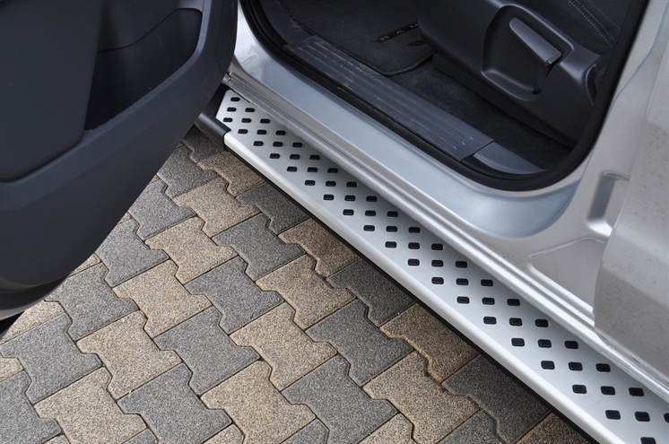 SIDESTEPS ANTI-SLIP - Ford Connect 2008-2013